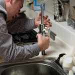 When to Do It Yourself and When to Call a Plumber
